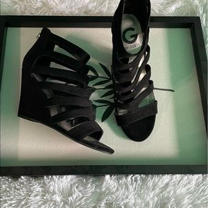 GUESS Wedge Heels in Black Size 7